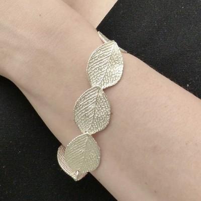 Bracelet en argent feuilles gravées