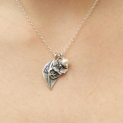 Collier en argent chaînette et pendentifs