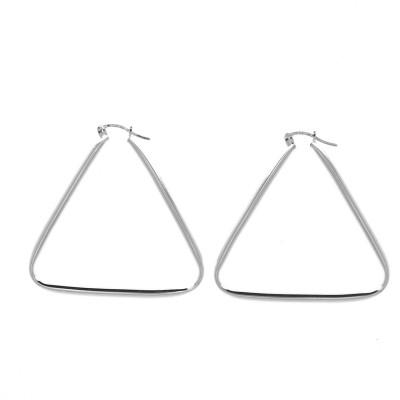 Créoles de forme triangulaire