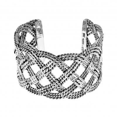 Bracelet en argent joliment...